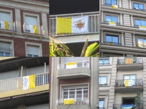 Banderes vaticanes a Barcelona