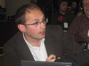 Joan Herrera a la seu d'ICV durant la nit electoral