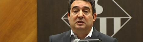 Manuel Bustos en la roda de premsa on ha renunciat a l'alcaldia