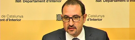 """El conseller d'Interior, Ramon Espadaler, en la roda de premsa sobre el """"cas Raval"""" de la setmana passada."""